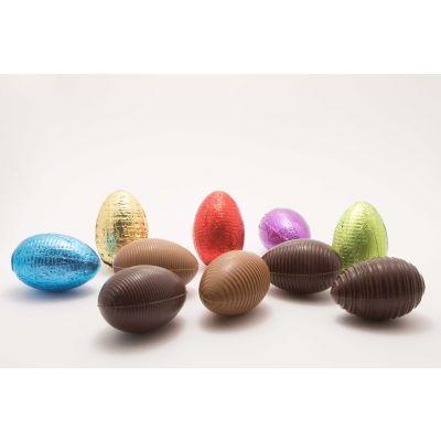Œufs non garni en chocolat (H : 7cm) enveloppé d'un papier coloré